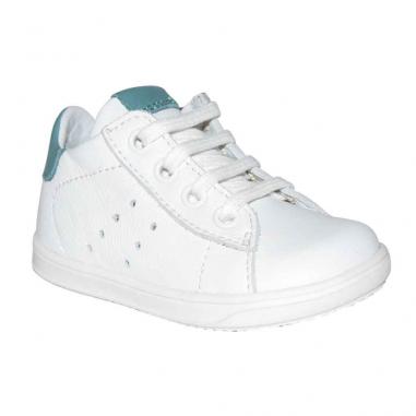 Les modèles de chaussures indémodables de la marque française Little Mary à petit prix