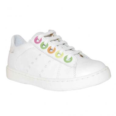 Parfaites le printemps ces chaussures sont au meilleur prix chez Petites Fripouilles