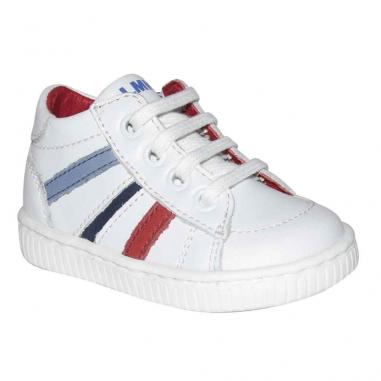 Très belle paire de chaussures pour petits garçons au meilleur prix