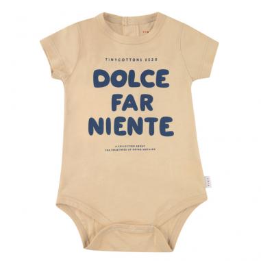 """Body beige à message """"dolce far niente"""" en coton tout doux pour bébés de la marque Tinycottons au meilleur prix"""