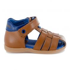 Sandales pour l'apprentissage de la marche de couleur camel pour bébés de la marque Stones and Bones