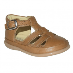 Jolie paire de sandales de couleur camel pour enfants adaptée pour l'apprentissage de la marche signée Little Mary
