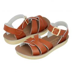 Jolie paire de sandales waterproof de couleur camel uni en cuir pour enfants de la marque Salt-Water