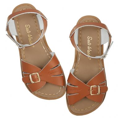 Sandales de couleur camel pour enfants de la marque Salt-Water waterproof au meilleur prix chez petites fripouilles