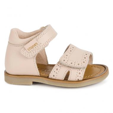 Sandales de couleur nude pour petites filles de la marque Stones and Bones à Toulouse