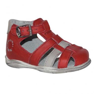 Belle paire de sandales de couleur rouge pour petits garçons de la marque Little Mary