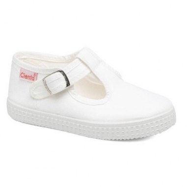 Joli paire de chaussures en toile pour enfants de couleur blanche unie de la marque espagnole Cienta