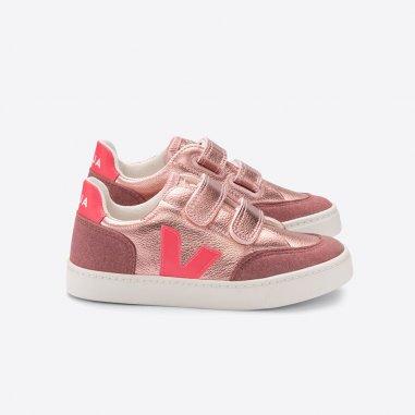 Sneakers V12 rose fluo pour enfants de la marque Veja