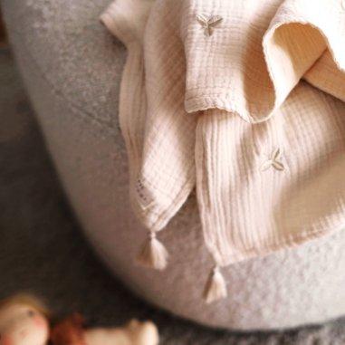 Couverture trèfles pour bébés de la marque Gentil Coquelicot Paris