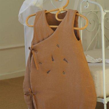 Gigoteuse noix de pécan pour bébés de la marque Capuchon