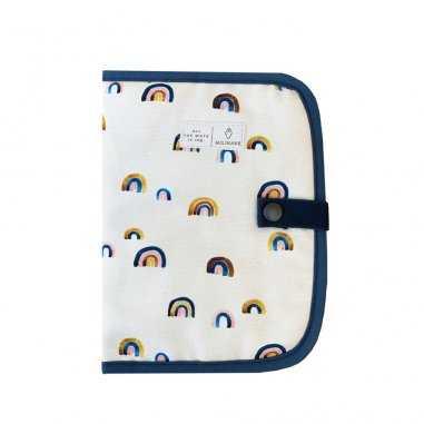 Protège carnet de santé à motifs arc-en-ciel pour bébés de la marque Milinane