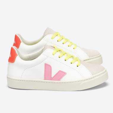 Sneakers Veja pour enfants à lacets de couleur guimauve