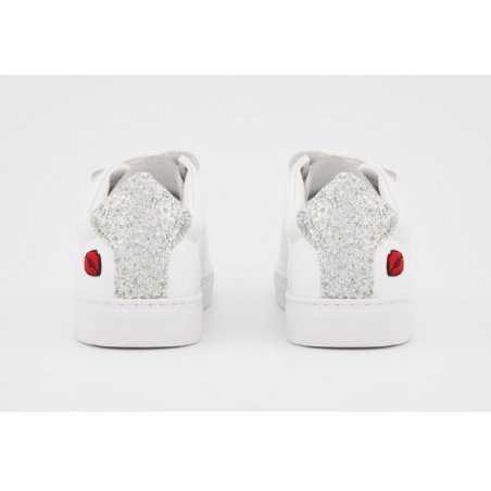 Sneakers eyes