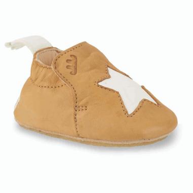 Chaussons antidérapants blublu étoile de couleur camel pour enfants de la marque Easy Peasy