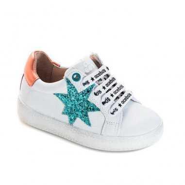 Chaussures blanches et mint pour...