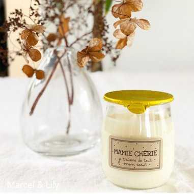Bougie petit pot de yaourt pour mamie de la marque Marcel et Lily