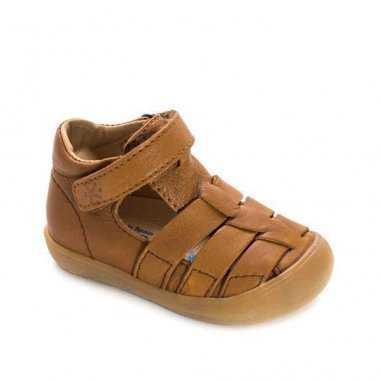 Sandales premiers pas de couleur camel pour enfants Acebos
