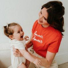 Tee-shirt allaitement amour amour de la marque French muses