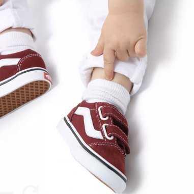 Sneakers Vans basse de couleur bordeaux a scratchs pour enfants