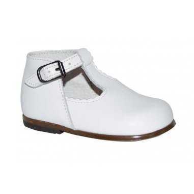 le dernier cab2a fe590 Chaussures babies classique