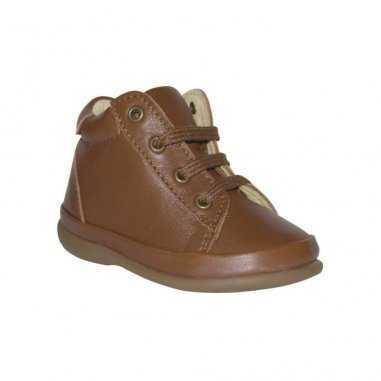 Les chaussures très souples adaptées pour les premiers pas de la marque Little Mary à prix doux