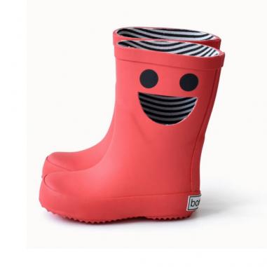 Les bottes de pluie wistiti rouges sont à petits prix